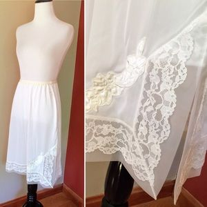 Vintage Seamprufe white lace half slip skirt